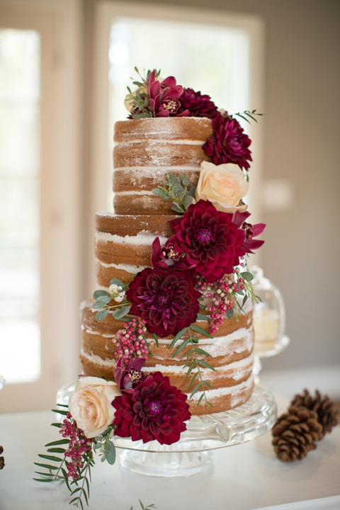 Fall Flavors Continuing The Trend Of Wedding Cakes